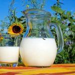 キャラメルマキアートのミルクを無脂肪乳にした場合のカロリーは?