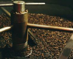 インスタントコーヒー 作り方 工場